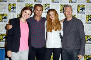 Veronica Roth with the cast of her book-turned-film, 'Divergent.' (Photo courtesy of The L.A. Times.)